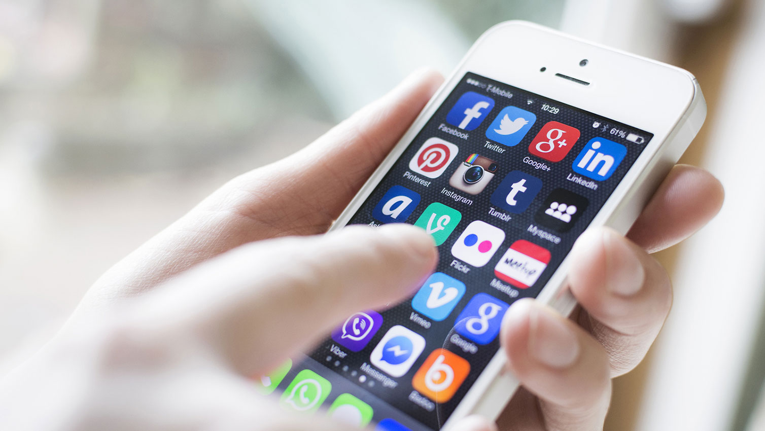 5 steps to successful mobile social network